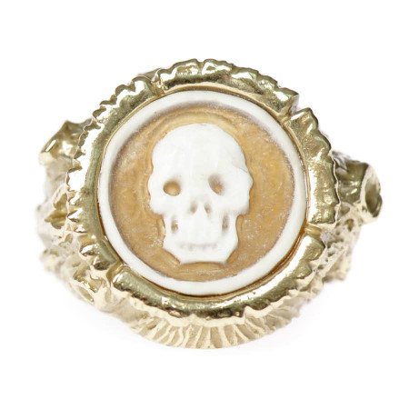 Treetrunk Ring with Cameo
