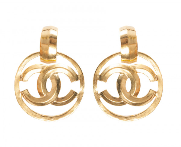 CHANEL VINTAGE CLIPS